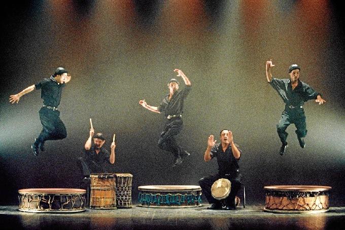 Camut Band pone ritmo a la vida en el Teatro de las Esquinas