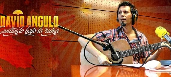 El cantante David Angulo inaugura el año 'Cantando bajo la Ruina' en el Centro Cívico Rio Ebro