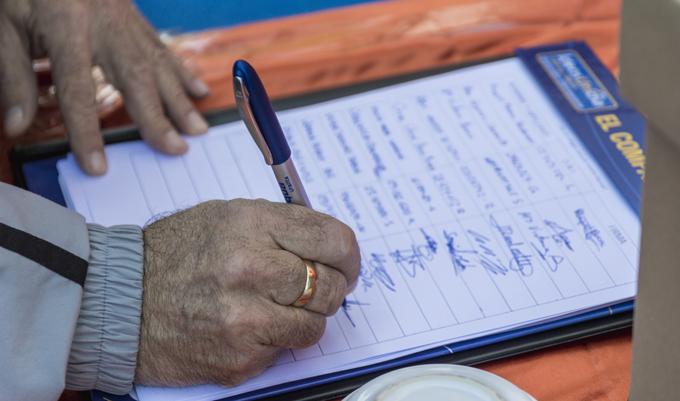 Arcosur recoge más de 500 firmas en la fiesta navideña infantil para construir el primer colegio público del barrio