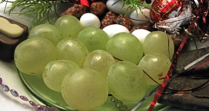 Dos explicaciones para una tradición: las 12 uvas de Nochevieja