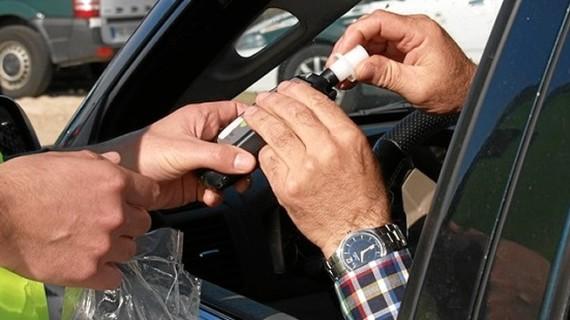 Policía Local y DGT refuerzan los controles de alcohol y drogas