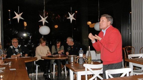 El Café Nero de Cuarte realiza una cata de vinos con el enólogo Balbino Lacosta