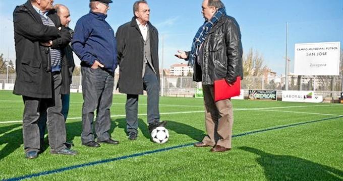 San José estrena césped en su campo de fútbol