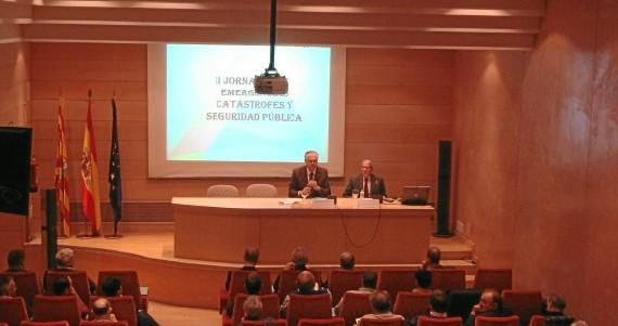 Los alcaldes y presidentes comarcales reciben formación en materia de emergencias