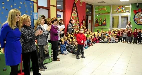 Canciones en inglés y español para celebrar la Navidad en el colegio Doctor Azúa