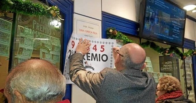 250.000 euros del segundo premio se quedan en Zaragoza