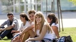 La Universidad San Jorge celebra el I Elevator Pitch escolar con la participación de más de 70 alumnos