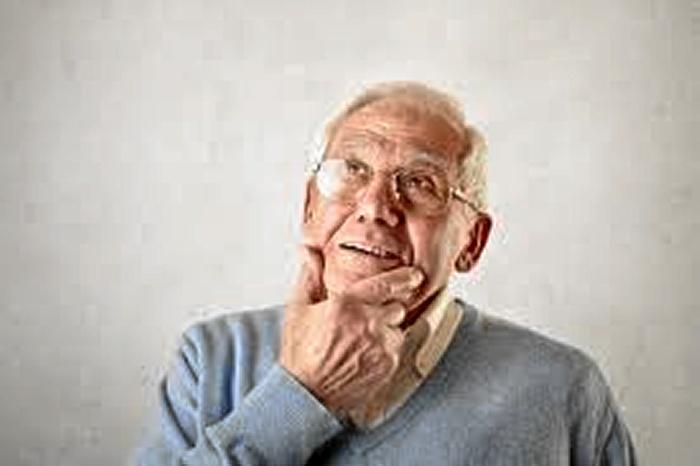 Arranca en las farmacias zaragozanas el proyecto 'Enmente', centrado en personas con Alzheimer