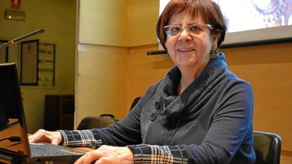La historiadora Carmen Morte valora la presencia del alabastro en Aragón en el ciclo 'Los martes de Rotary'