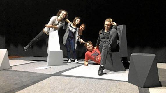 La Compañía del Espejo presenta la obra 'No me jodas, por favor' en el Teatro del Mercado de Zaragoza