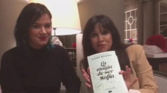 Elisabet Benavent presenta en Zaragoza su último libro 'La Magia de ser Sofía'