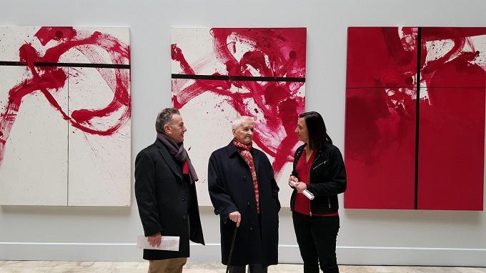 Exponen en el palacio de Sástago la pintura libre e inagotable de Luis Feito