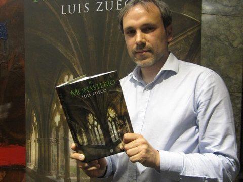 """Luis Zueco, autor de 'El Monasterio': """"Aragón es un territorio con una historia medieval increíble"""""""