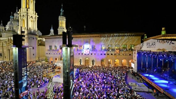 Zaragoza vive intensamente sus Fiestas del Pilar