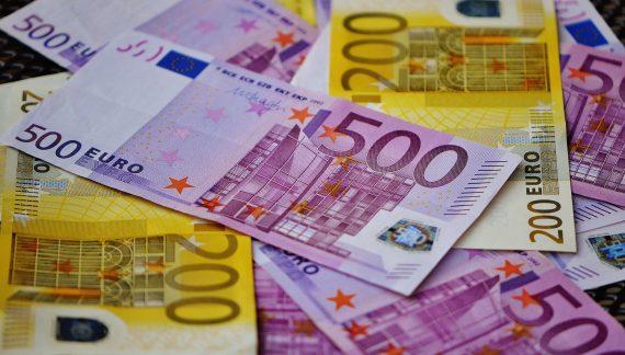 Imagine que tiene la oportunidad de gastar un millón de euros ¿Dónde  los emplearía?