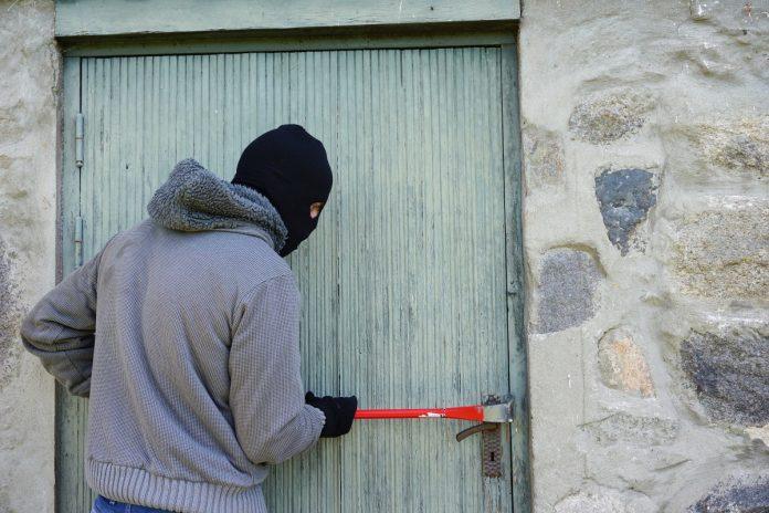 La Policía ha esclarecido varios robos con fuerza en Zaragoza.