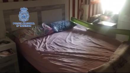 Imagen del piso donde tenían retenidas a las mujeres. / Foto: Policía Nacional.