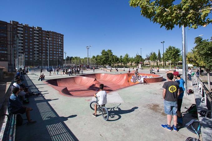 Skate Park de Vía Hispanidad el día de su inauguración en 2017.