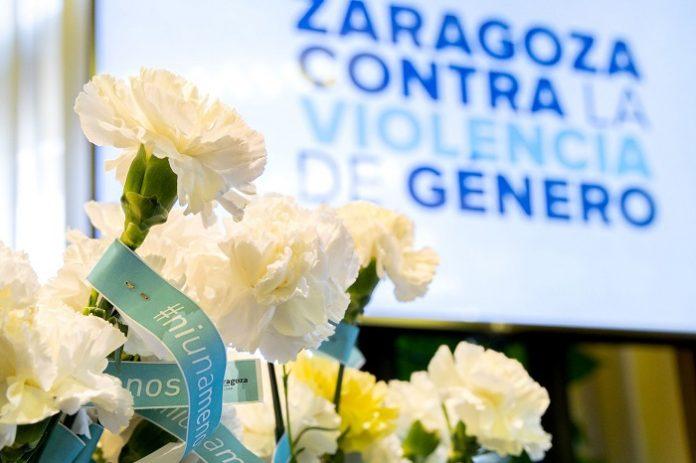 Zaragoza se suma el 25N a la condena de la violencia de género.