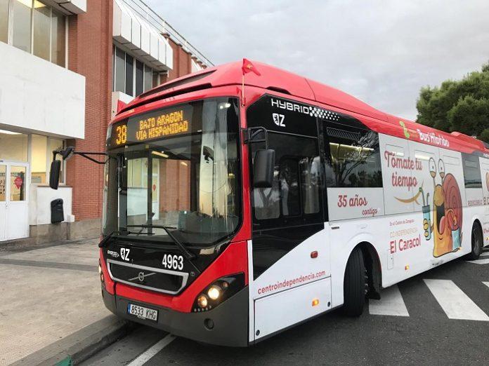 Transportes urbanos de Zaragoza adoptan horarios especiales en Navidad
