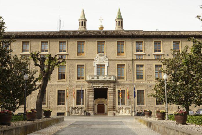 Jornada de puertas abiertas en el edificio Pignatelli con motivo del Día de la Constitución.