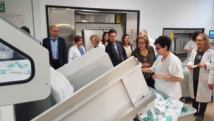 El hospital Clínico de Zaragoza estrena lavandería y lencería.