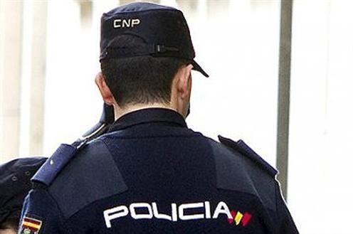 Detenidos en Zaragoza figen ser padre e hijo para obtener la nacionalidad