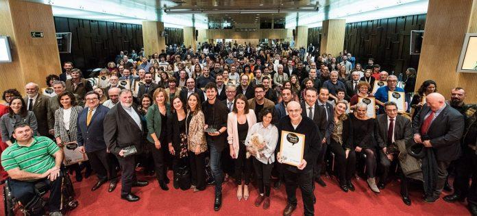 El Coro Cantatutti gana el 18 Premio Ebrópolis.