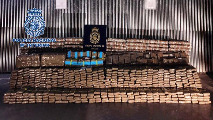 Cinco detenidos en Zaragoza pertenecientes a una red de transporte de hachís