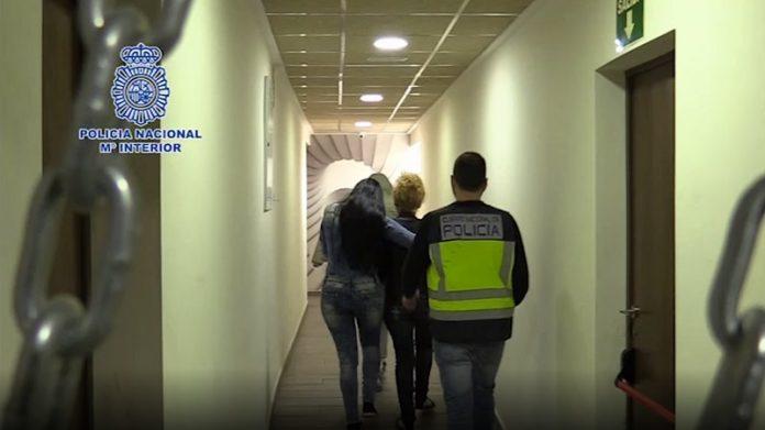 Detienen en Zaragoza a uno de los responsables de explotar sexualmente a 200 mujeres
