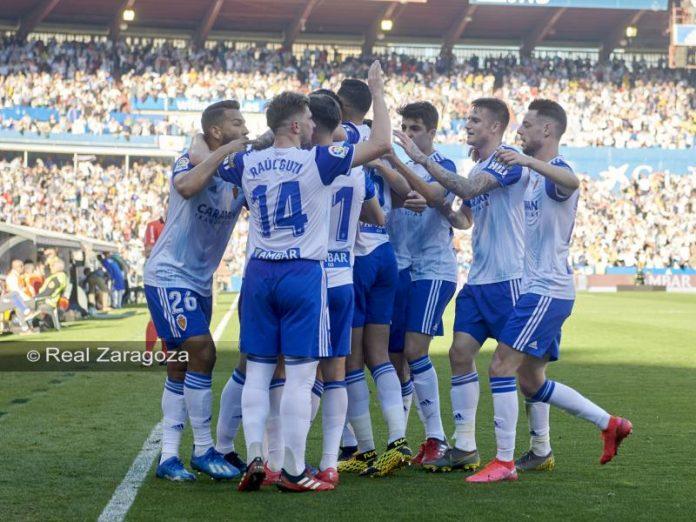 El Real Zaragoza brilla ante el Deportivo (3-1)
