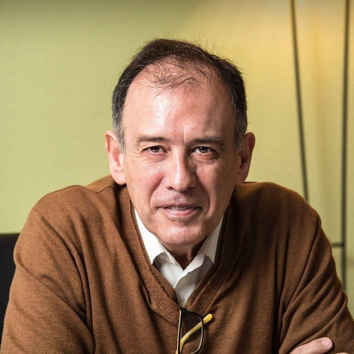 Bernardo Bayona y Alberto Lafarga, entre los distinguidos con los Premios Búho 2020