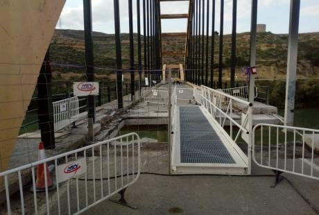 Modifican los horarios de acceso al puente de Sástago por las obras
