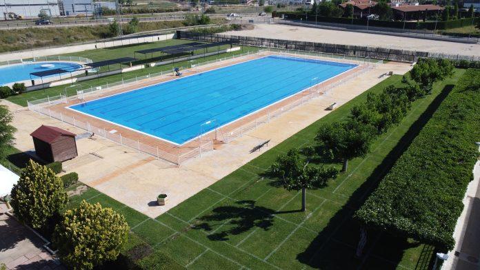 Las piscinas municipales de Calatayud abren el viernes 12 con reserva