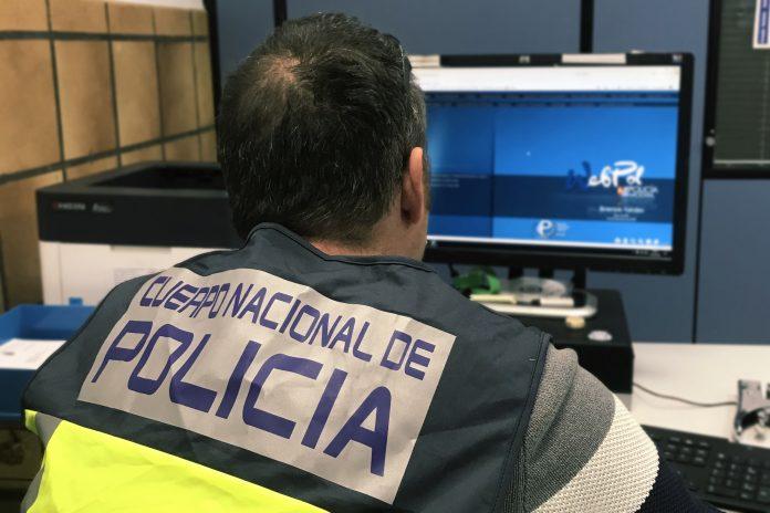 Detenidas las cuidadoras de una anciana por robarle más de 4.000 euros