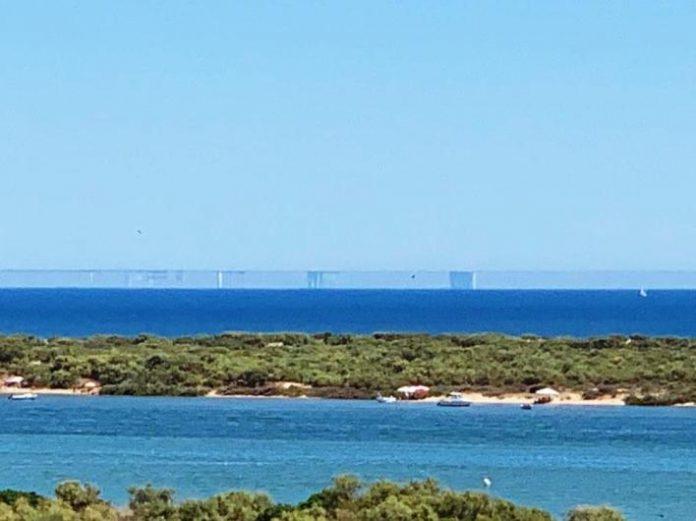 Espejismo en la costa andaluza debido al 'hada Morgana'