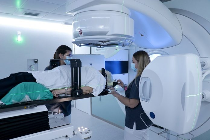Zaragoza incorpora la radiocirugía para el tratamiento de tumores cerebrales