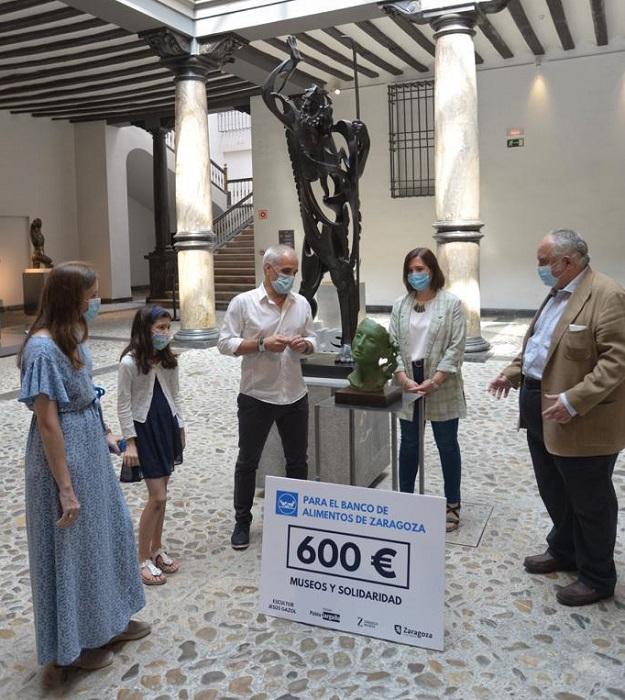 Subastan una estatua a beneficio del Banco de Alimentos de Zaragoza