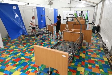 Desmontan el Hospital de campaña del Auditorio de Zaragoza