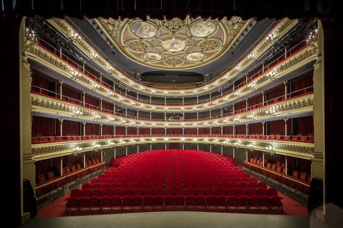 La Noche en Blanco abre al público los espacios culturales de Zaragoza