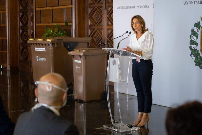 Arranca un plan piloto de recogida selectiva de residuos orgánicos en Zaragoza