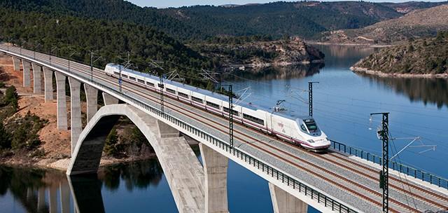 Recuperan el servicio de AVE entre Madrid y Huesca