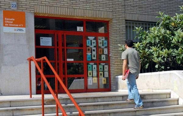 Las escuelas de idiomas de Aragón inician una experiencia piloto de enseñanza semipresencial
