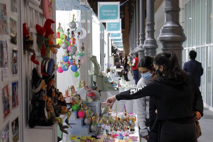 Éxito de visitantes en la I Muestra de Artesanía de Otoño