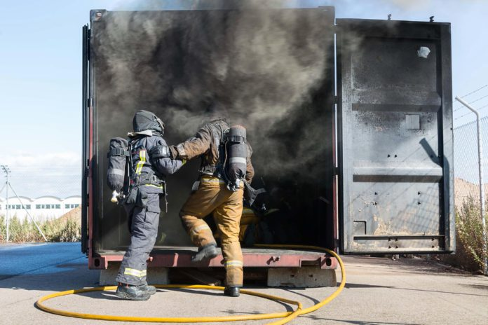 Los bomberos de Zaragoza dispondrán de un edificio para hacer prácticas con fuego real