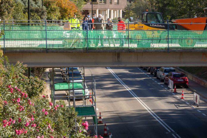 Reforma de las pasarelas de acceso al parque Miraflores