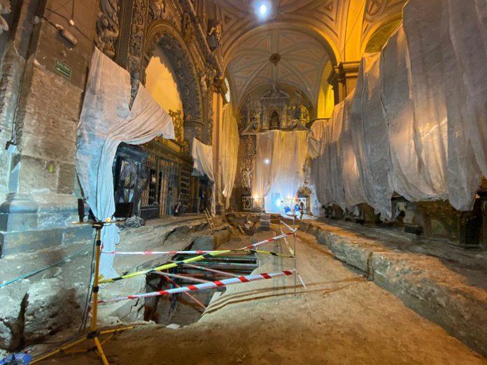Hallan restos de una mezquita en la colegiata de Santa María en Calatayud