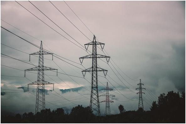 El Ayuntamiento de Zaragoza se prepara para ayudar a las familias afectadas por el costo del servicio eléctrico